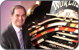 Michael Wooldridge at the East Sussex National Wurlitzer - Photo by Martin Simpson